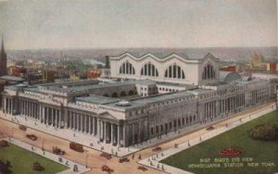 La Pennsylvania Station a New York in una cartolina postale @ nyc-architecture.com