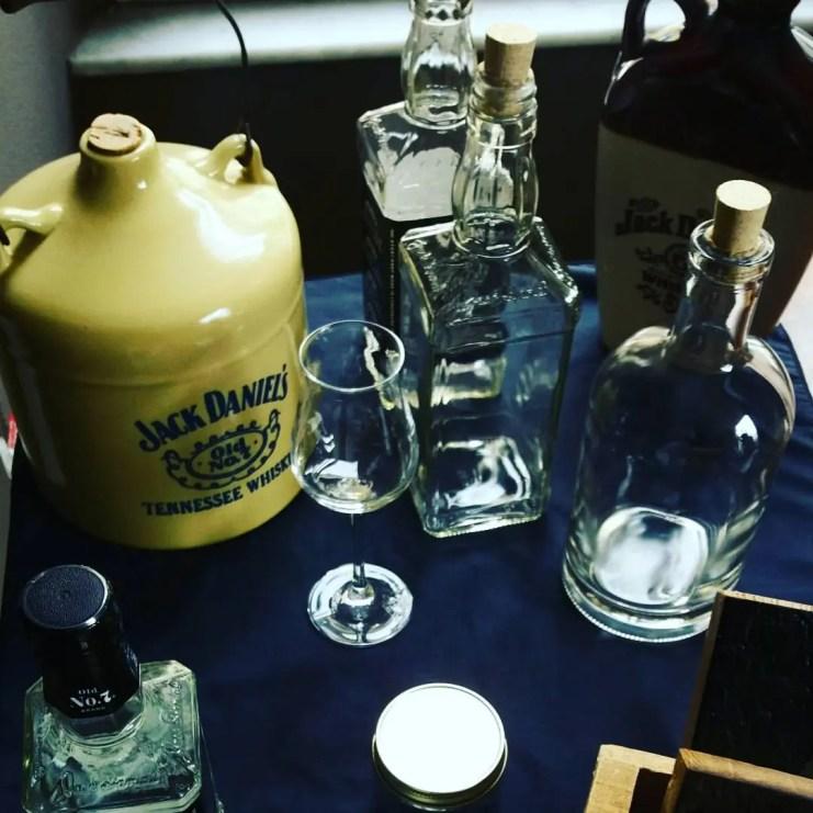 Bottiglie di Jack antiche