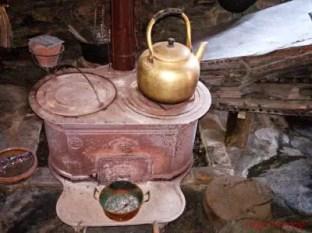 Stufa tra gli oggetti del Museo Pendola, Rapallo