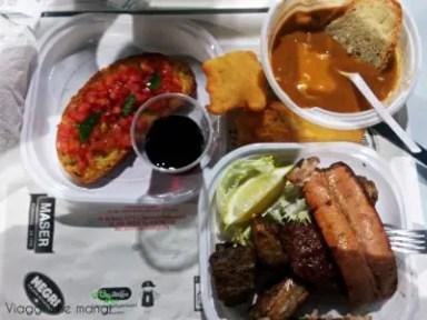 La cena alla Sagra dell'Olio e dell'Oliva di Massarosa.