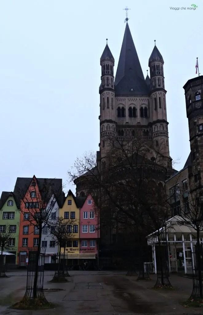 Cosa vedere in 4 giorni tra Düsseldorf e Colonia: il Fishmarkt e le sue case colorate.
