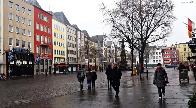 Alter Markt a Colonia visitata durante quattro giorni tra Düsseldorf e Colonia