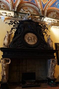 Camino nel Salone della Caduta dei Giganti Villa del Principe genova