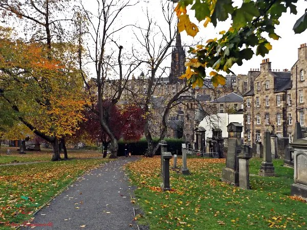 Greyfriars Kirkyard halloween a edimburgo