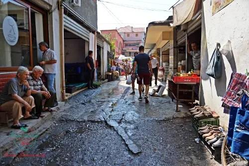 Il mercato di Scutari, una delle città da visitare in albania.