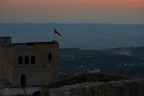 tramonto kruje città da visitare in albania