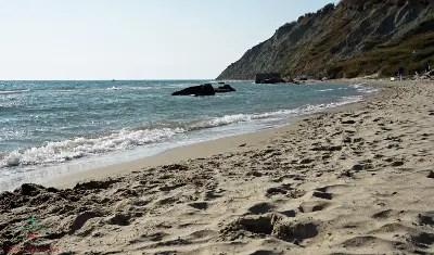Plazhi Portez, spiaggia consigliata per le vacanze a Durazzo, Albania.