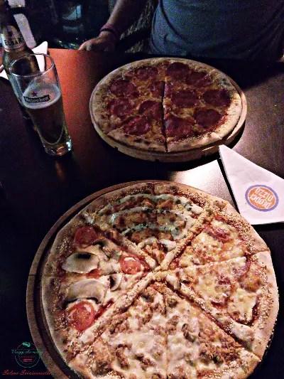 Pizza assaggiata durante la vacanza a Durazzo, in Albania.