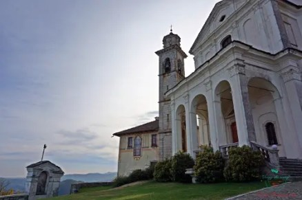 Santuario della Madonna del Sasso visitare il Lago d'Orta.