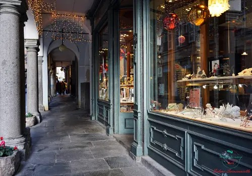 I portici di Biella, una delle cose assolutamente da vedere in città.