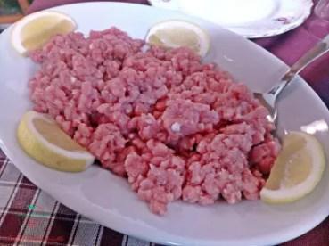 Carne cruda, Casale Veneria, Viverone.