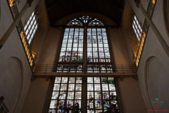 Vetrate di De Nieuwe Kerk, una chiesa da inserire nell'itinerario per visitare amsterdam in 4 giorni