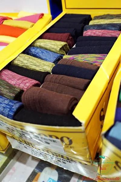 Calze colorate del calzificio san cristoforo in provincia di alessandria.