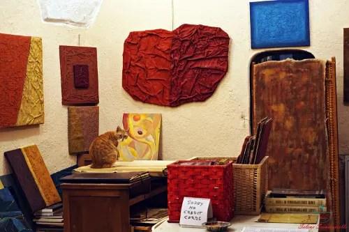 cosa vedere a bussana vecchia: gli atelier degli artisti.