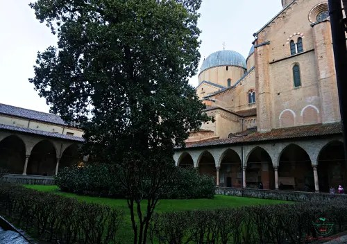 La Basilica di Sant'Antonio di Padova è una delle tappe fondamentali per una visita della città.