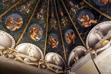 Cosa vedere a Parma e dintorni: la Camera di San Paolo.