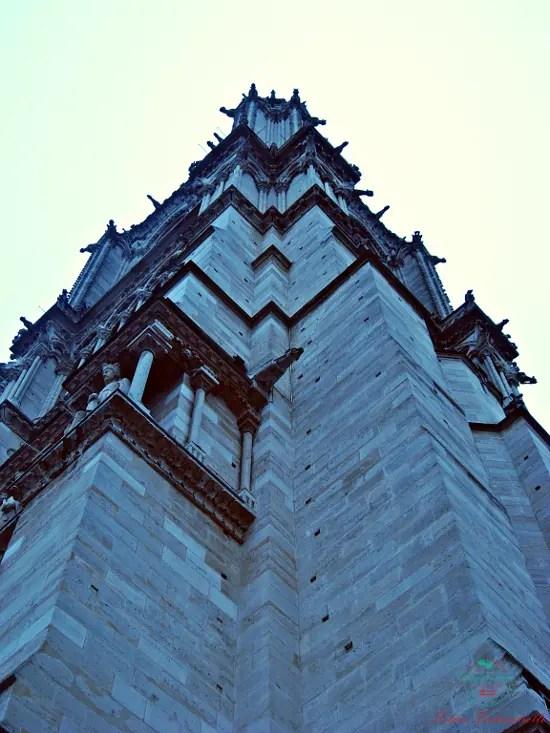 Gargoyle della Cattedrale di Notre Dame di Parigi.