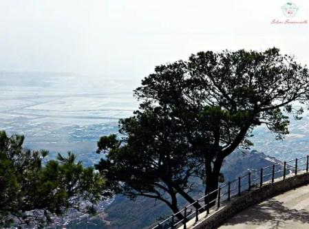 Cosa fare a trapani e dintorni: godersi il Panorama su Trapani da Erice.