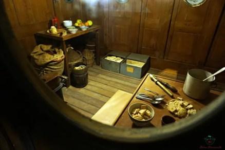 Ricostruzione di un brigantino al Galata Museo del mare, uno dei migliori musei di genova.