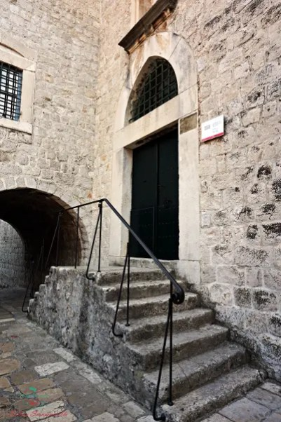 L'esterno del Museo Etnografico di Dubrovnik è una delle location di game of thrones in croazia.
