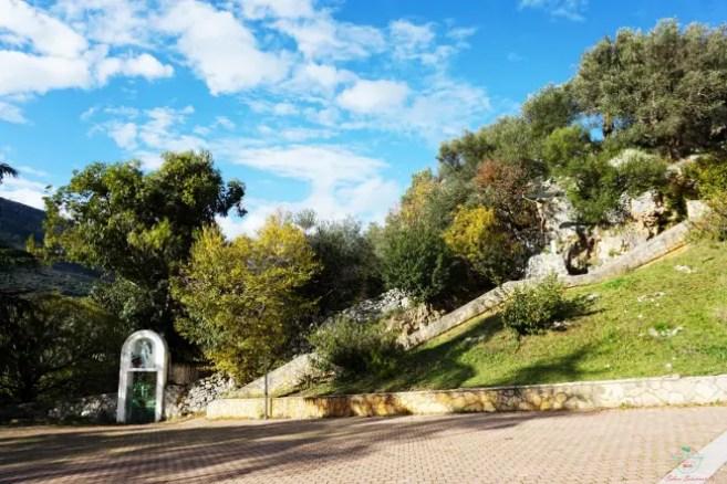 Gargano cosa vedere: la Grotta di San Michele.