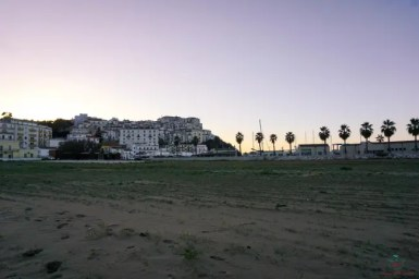 Cosa vedere sul Gargano Rodi Garganico vista dalla spiaggia.