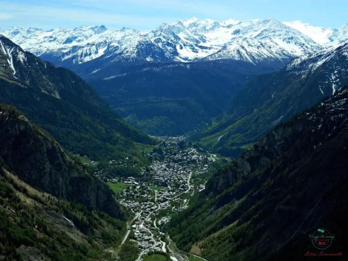 Cosa fare a san valentino: andare alle terme di pré saint didier e salire sul monte bianco.