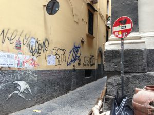 Street art a Napoli, Clet e Exitenter
