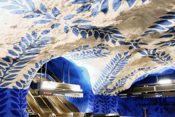 {I miss it so much No button to touch} - Stazione T-Centralen della favolosa metropolitana di Stoccolma