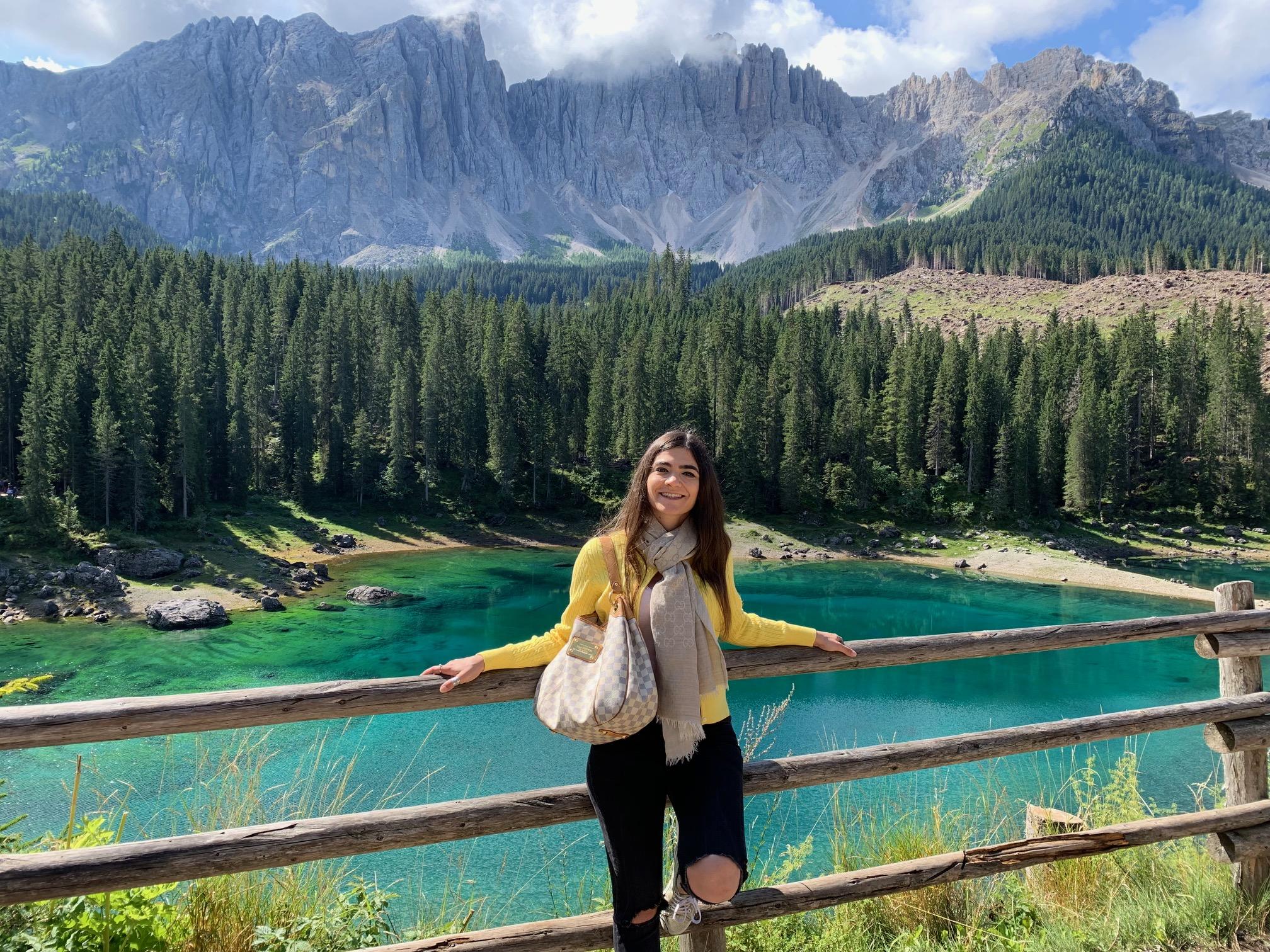 Lago di Carezza, fra magia e  leggenda. Ecco perché amiamo viaggiare