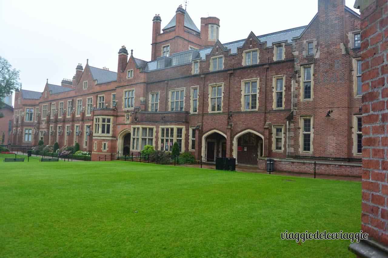 Queen University of Belfast
