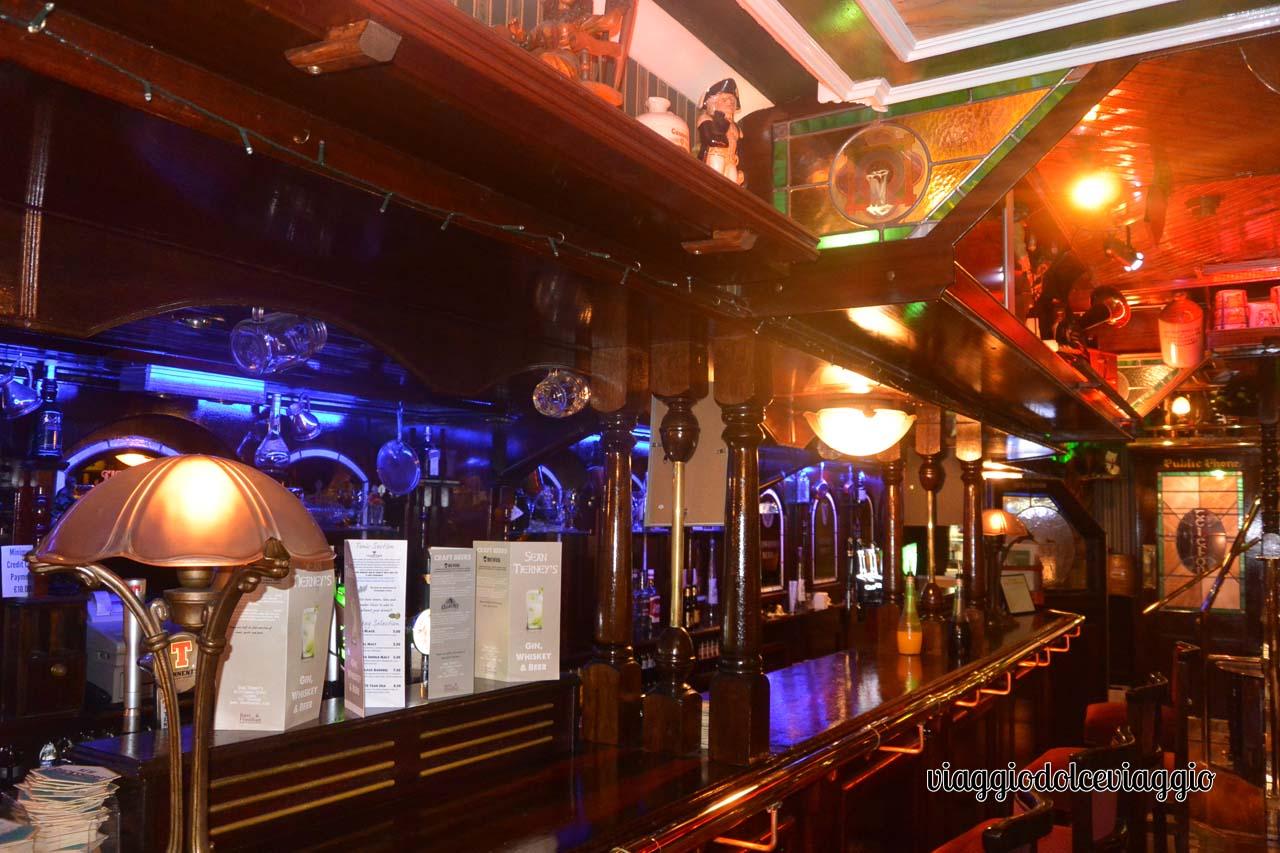 Pub a Clonmel, Irlanda