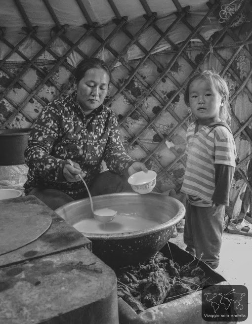 Nomadi cibo mongolo
