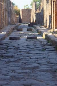Cammino su strada romana