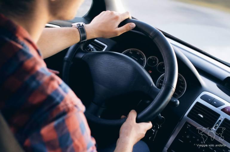 scegliere assicurazione auto a noleggio