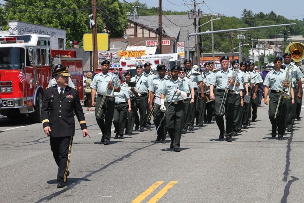 queens memorial day parade