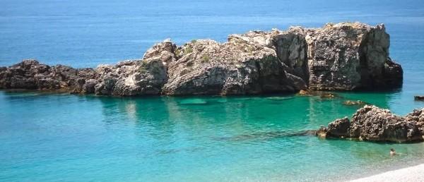 10 luoghi in Albania che i turisti non conoscono Spiaggia di Jale