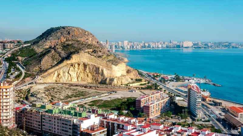 Volo Napoli – Alicante: prezzi e offerte