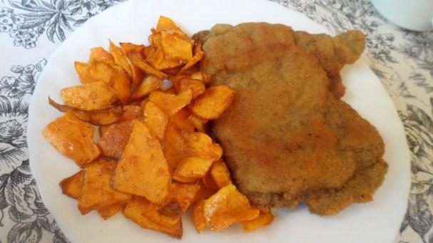 Cachopo y batata frita