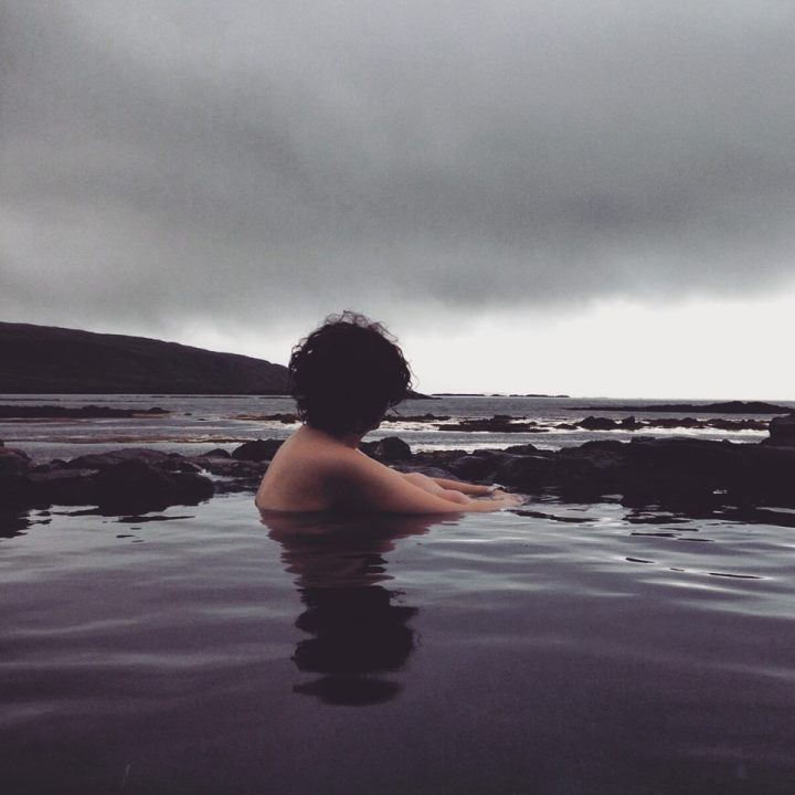 Viajar a Islandia. Piscina geotermal. Sonsoles Lozano