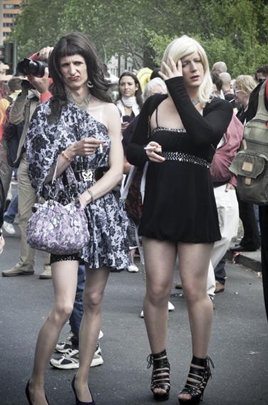 Gay parade_ La Jenny y la Deboweb