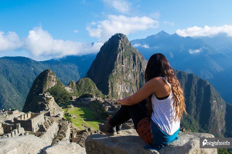 Observando el Machu Picchu.