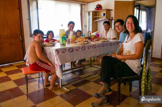Comiendo en familia en Paysandú.