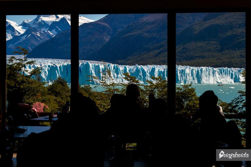 Restaurante en el Perito Moreno.