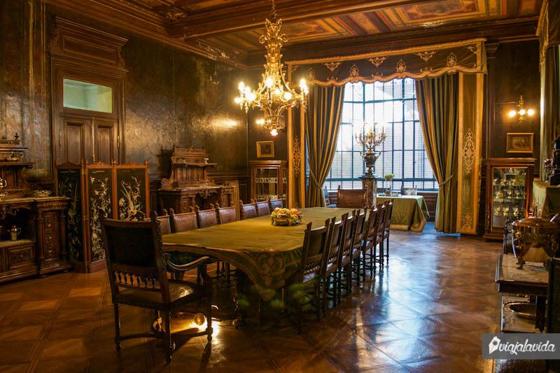 Salón antiguo del Museo Braun Menéndez.