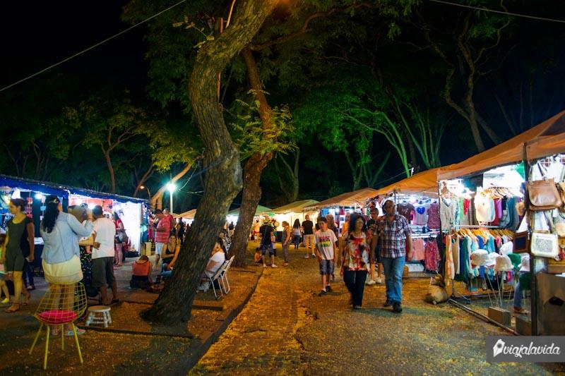 Parque Rodó en la noche, Uruguay.