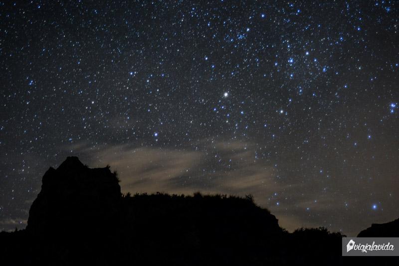 Noche estrellada en el Quilotoa.