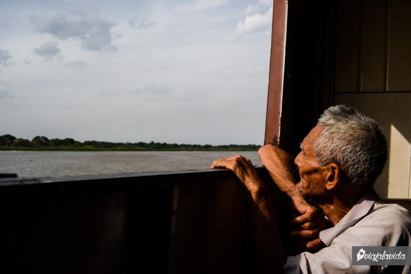 Ventana de barco en Paraguay.