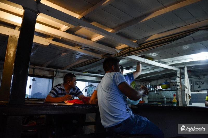 Cocina del barco Aquidabán.