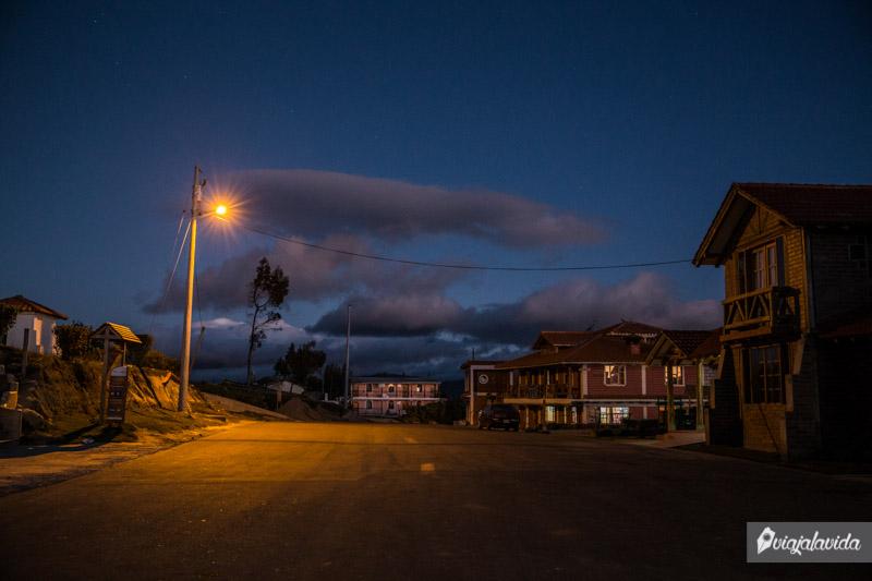 Quilotoa en la noche.